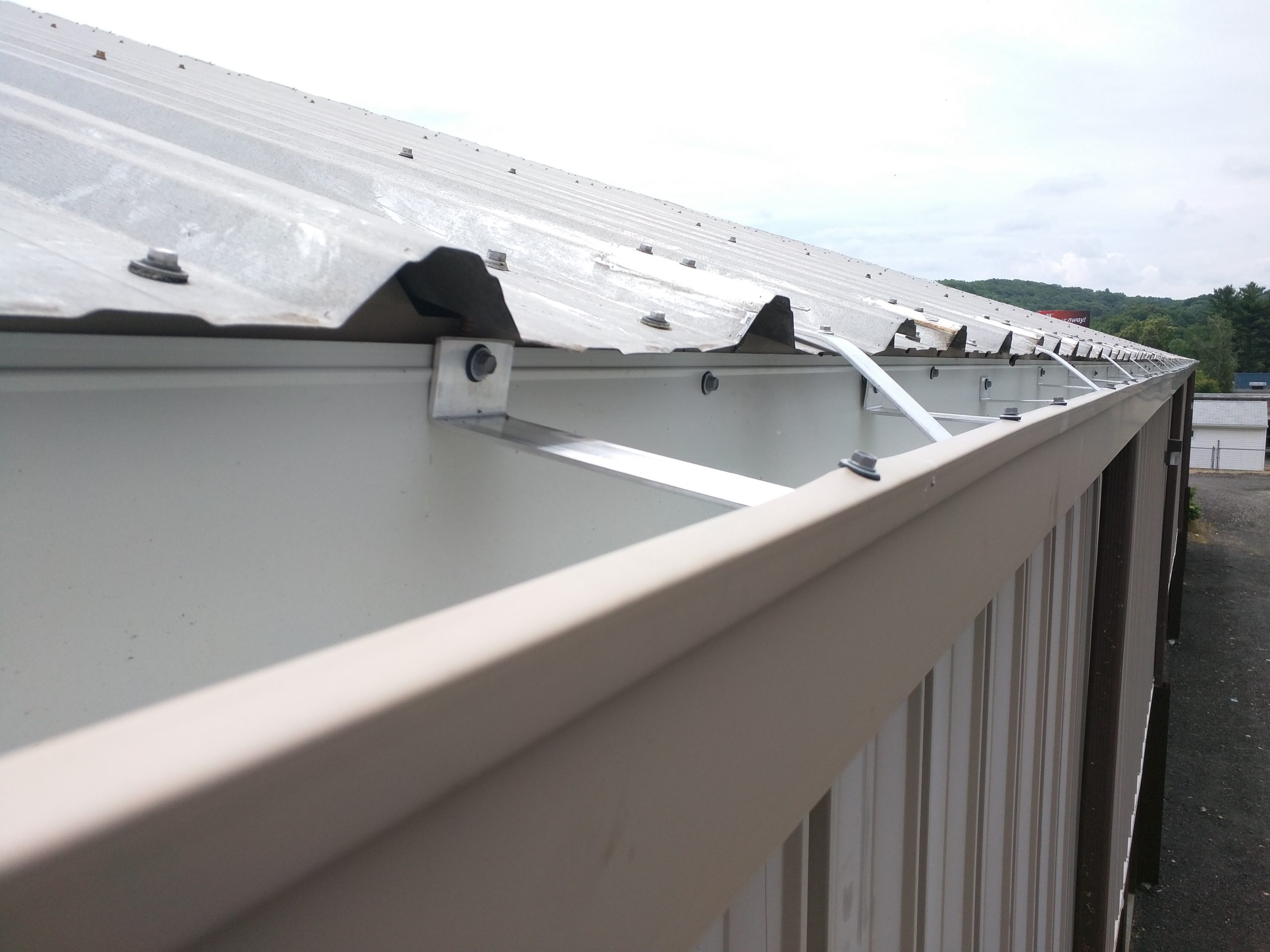 Gutter system close up