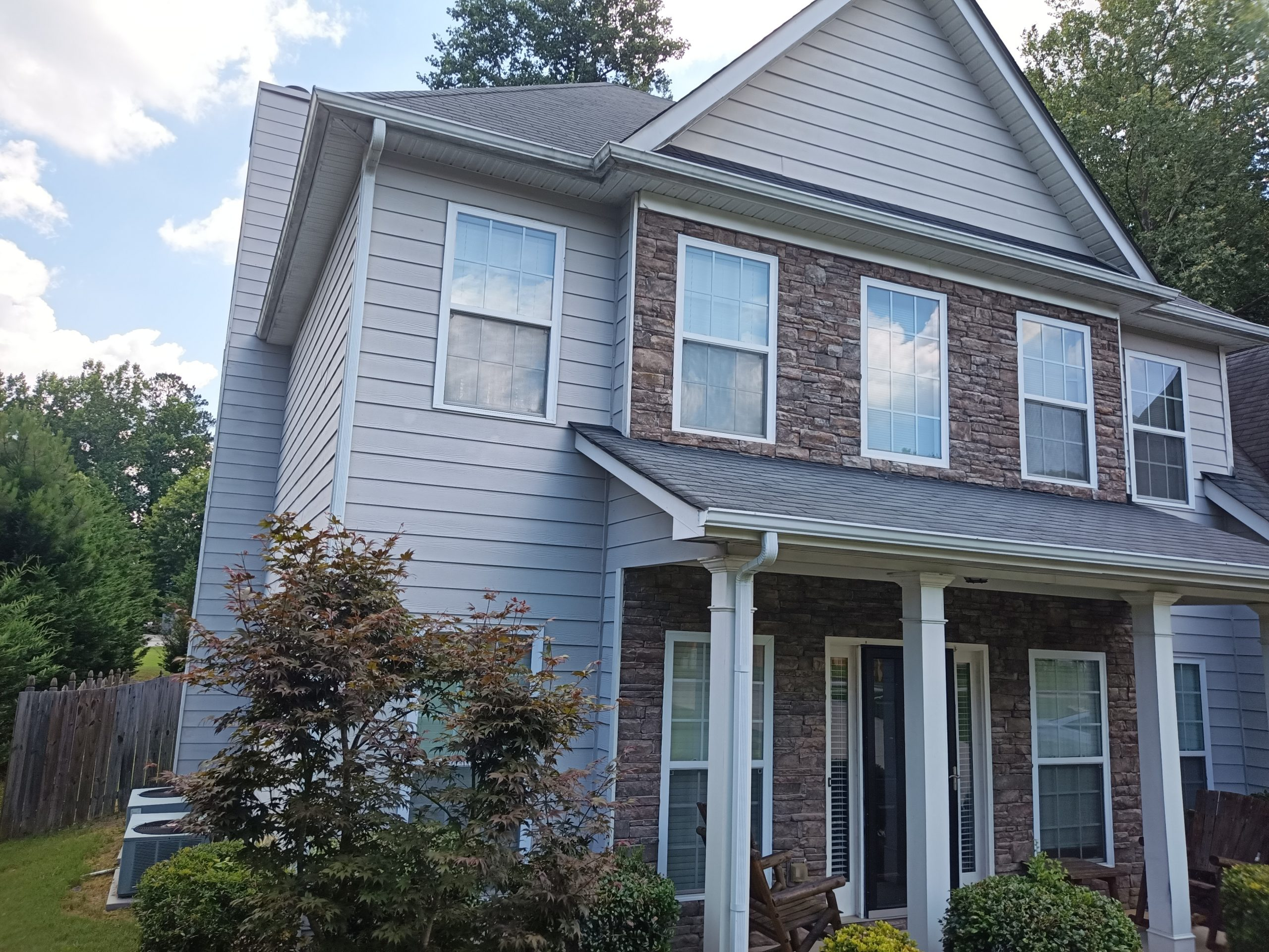 White exterior paint job in Atlanta
