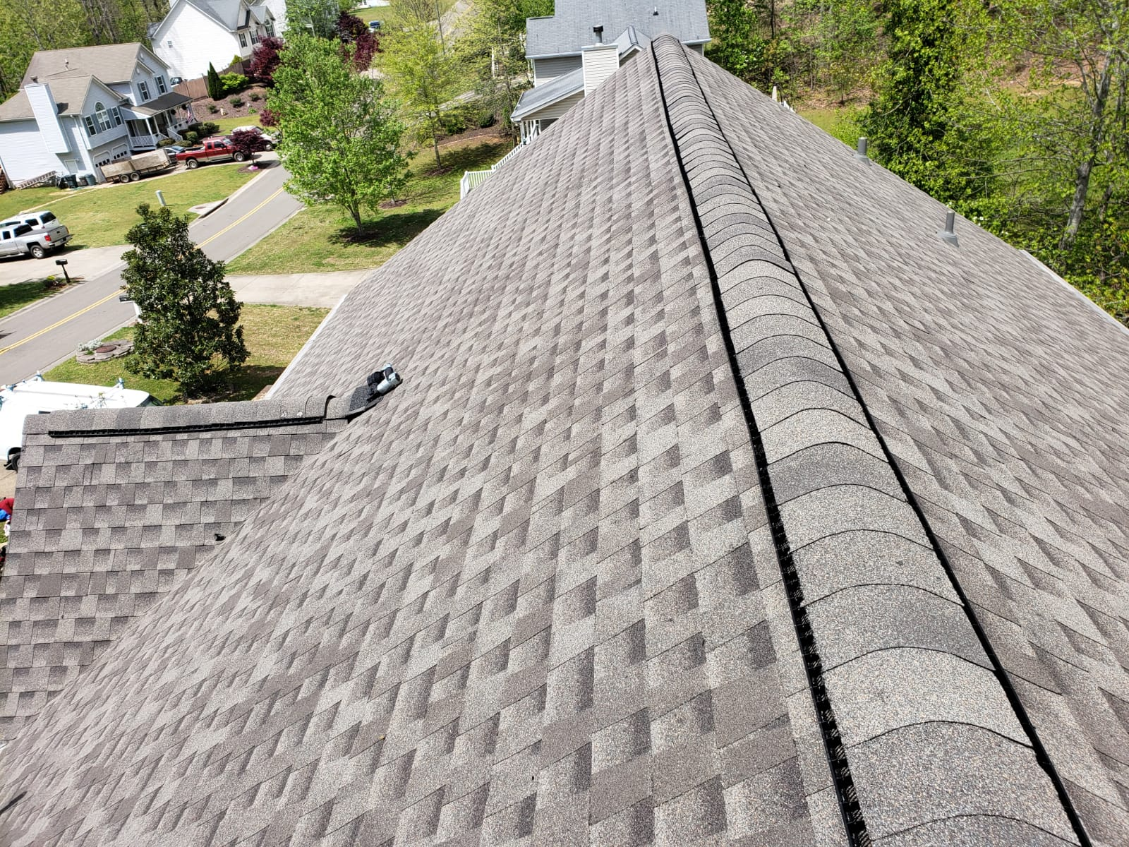 Oyster Grey Asphalt shingle roof