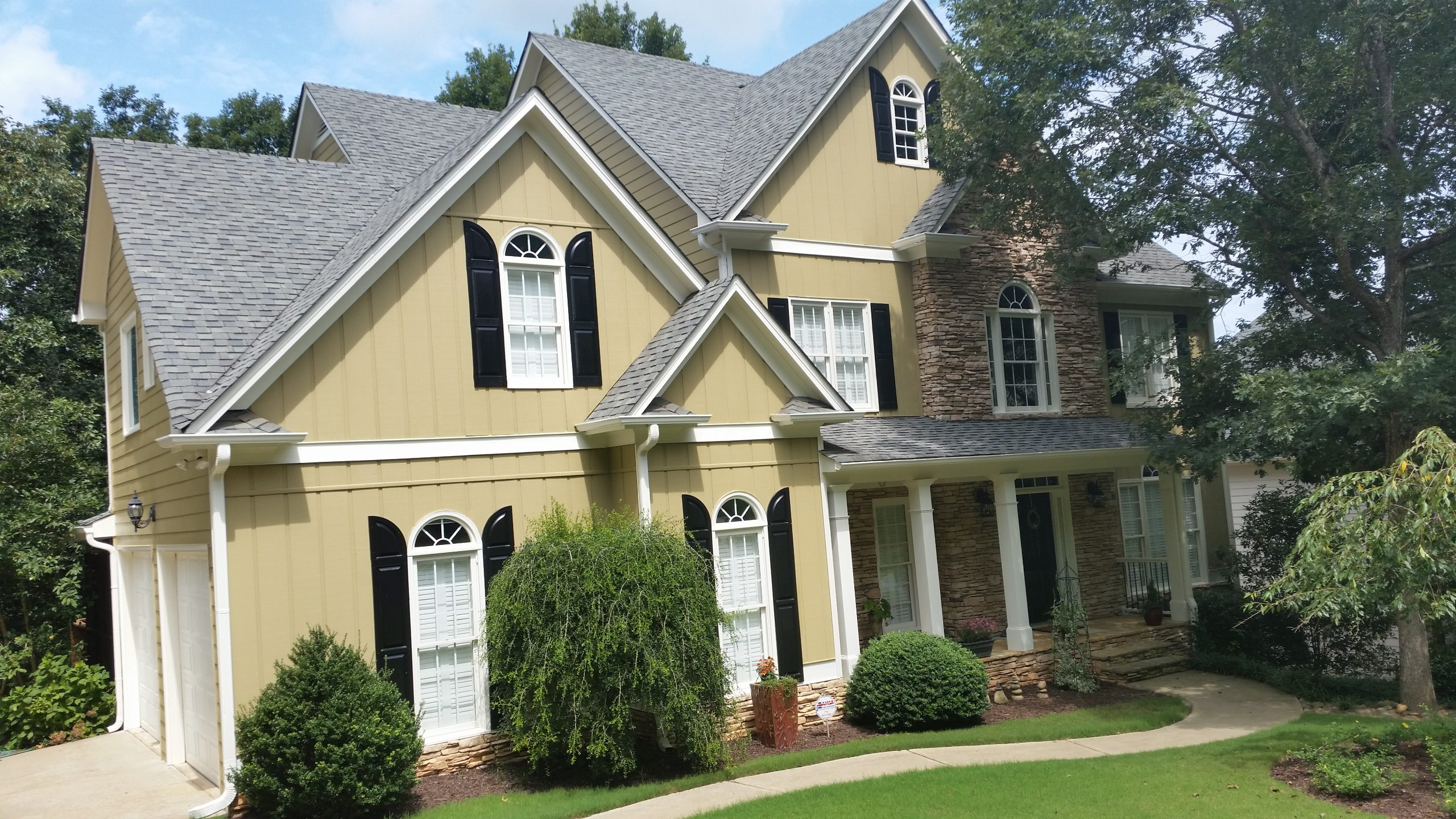 Vinyl Siding in beige color